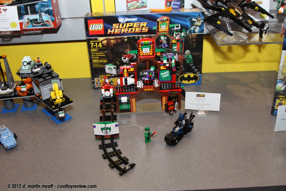 Lego The Dynamic Duo Funhouse Escape