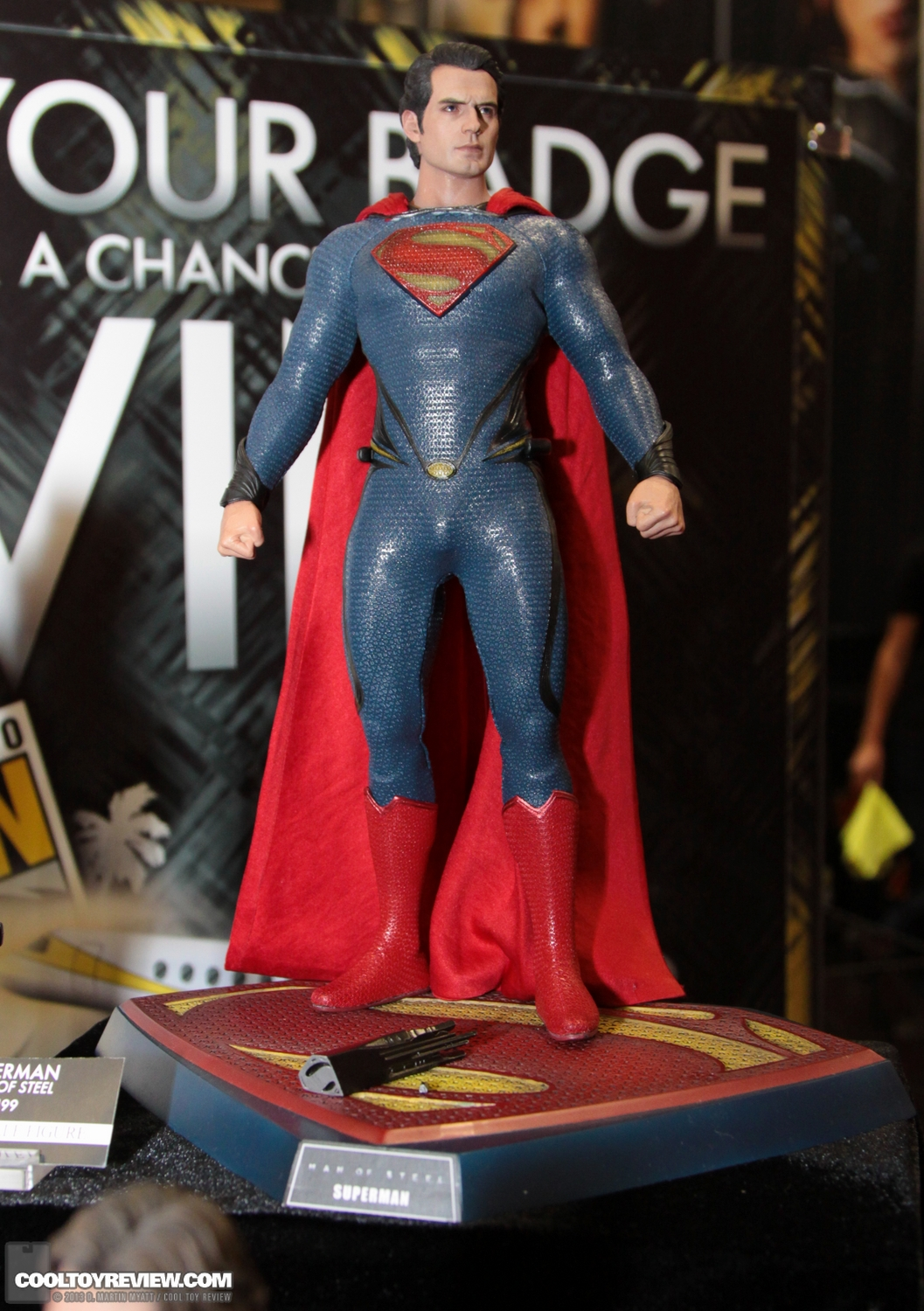 MMS200 : Man of steel - Superman SDCC_2013_Hot_Toys_Thursday-091