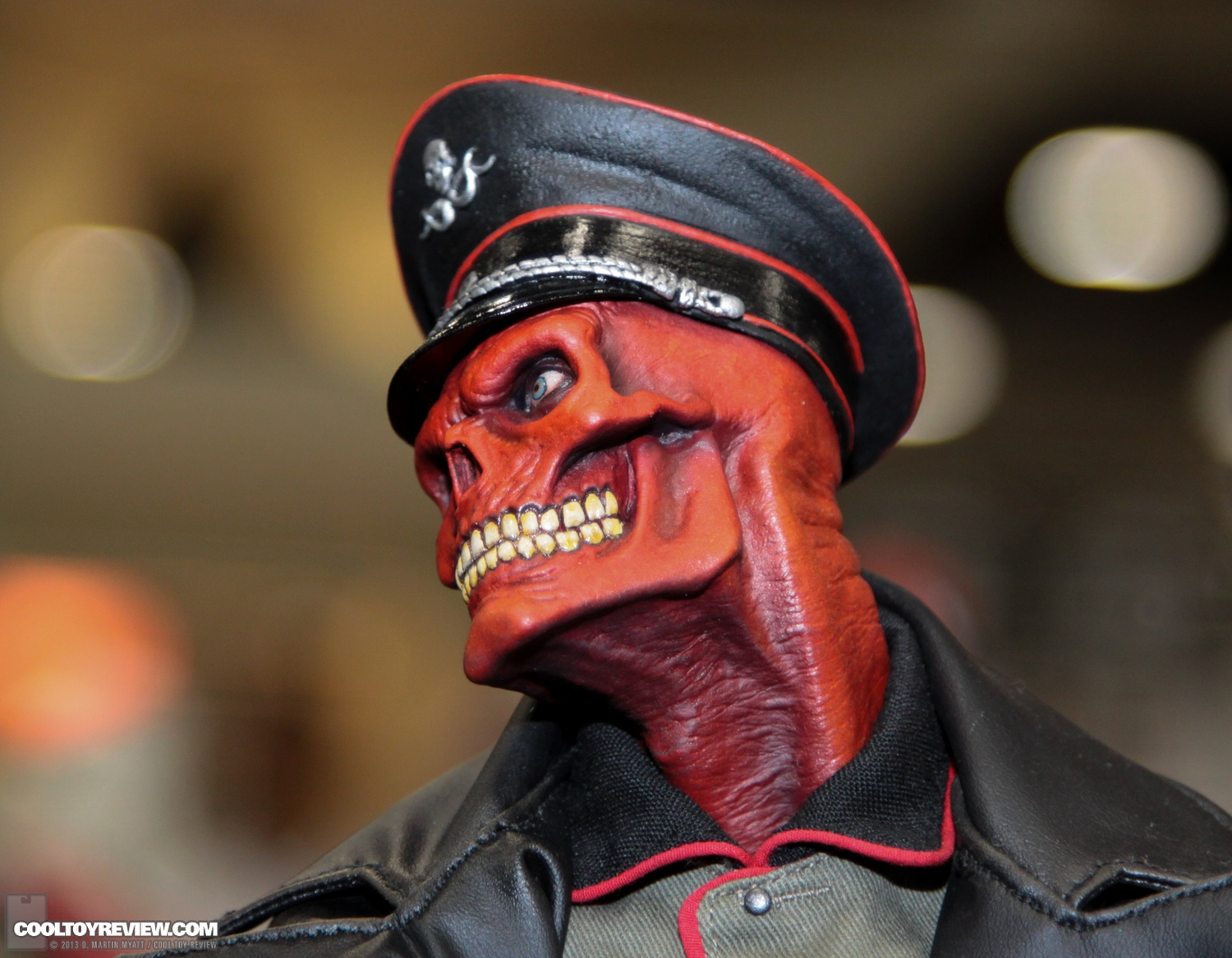 [Sideshow] Red Skull - Allied Charge on Hydra Premium Format - LANÇADO!!! SDCC_2013_Sideshow_Collectibles_Thursday-159