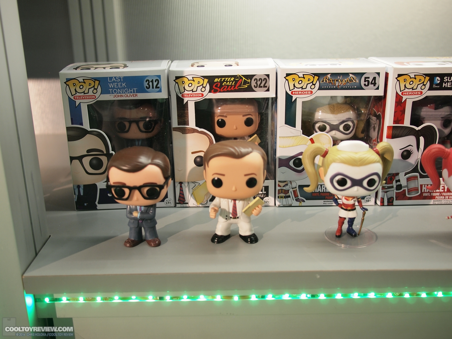 http://www.cooltoyreview.com/2016-Toy-Fair/Toy-Fair-2016-funko/P1015290.JPG