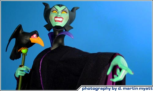 COOL TOY REVIEW: Sideshow Collectibles Disney Maleficent ...